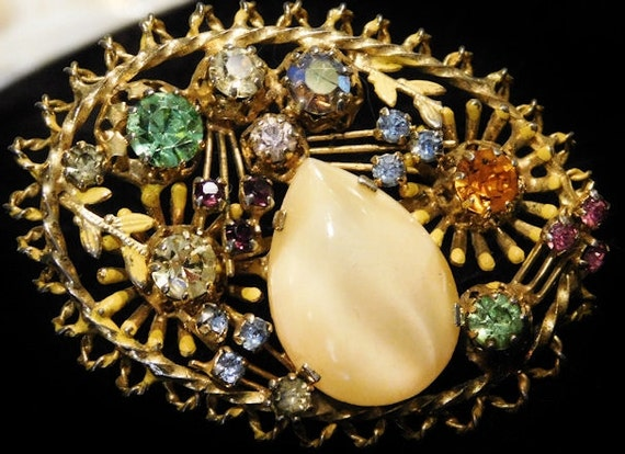 Vintage Signed Austria Rhinestone Brooch Art Glass Austrian Crystal Brooch Hollywood Mid Century 1950s 1960s Vintage Wedding Estate Jewelry