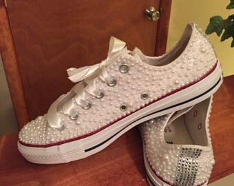 Women size 4-12 Pearl shoe with rhinestones