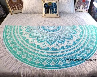 Green ombre mandala tapestry, round beach blanket, picnic blanket, yoga mat, round mandala, mandala tapestry, hippie blanket, boho decor