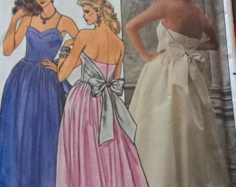 UNCUT Butterick 6952- Size 12 Kathryn Conover Dress woman