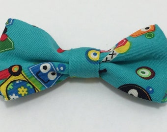 Bow tie - Boys Clip on bow tie for ages 5 - 10