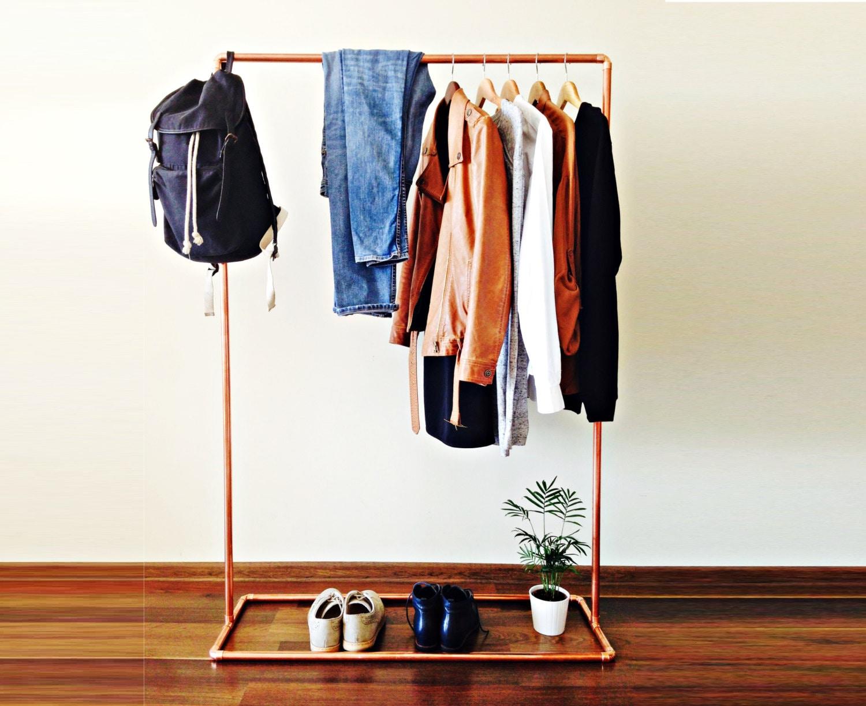 kupfer kleiderstange kupferrohr industriedesign. Black Bedroom Furniture Sets. Home Design Ideas