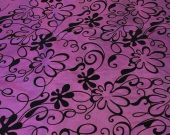 Taffeta Fabric Vintage. 1/2 yd. Vintage Taffeta Fabric. Princess Fabric. Floral Fabric Purple. Formal Dress Fabric Floral. Purple Taffeta