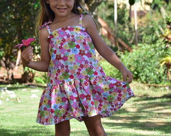 Drop waist seersucker floral dress w/gathered skirt and shoulder ties