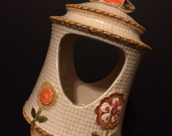 CUTE! Vintage Ceramic Bird Feeder