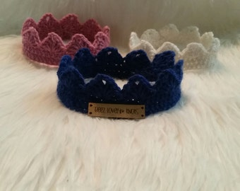 Crocheted crowns