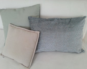 Cushions in Velvet gray sky 50 x 50