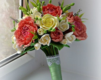 Gorgeous wedding bouquet of roses and ranunculus, alternative everlasting bridal bouquet, peach and white flower composition