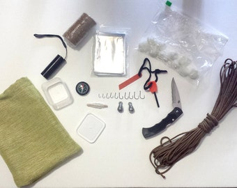 Survival Kit - Free Shipping, Knife, Paracord 550, Firestarter, Compass, Fishing Kit, Flashlight, Mylar Blanket, Bandage, Emergency Kit