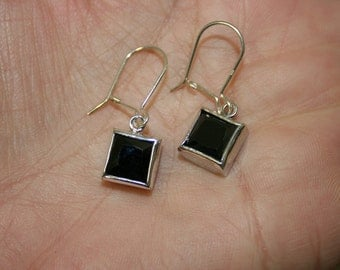 Silver Earrings, Onix Earrings, Silver Jewelry, Handmade 925 Silver Earrings, Black Stone Earrings,