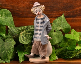 Lladro Figurine, 1986 Little Traveler Hobo Clown #7602 Artist Signed