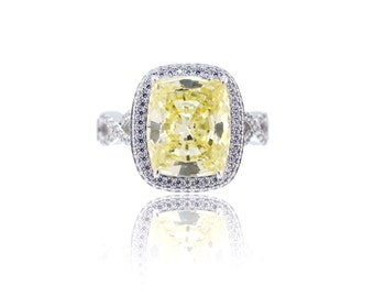 925 Sterling Silver - Silver Ring with Canary Center Stone (S241)