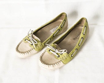 Sperry Top Sider Moccasin - Women's 6.5 M shoes - White  green leather boat shoe - Nautical boat shoe - women's loafer - Sperrys
