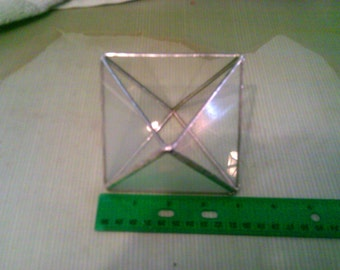 4 inch Triangle container