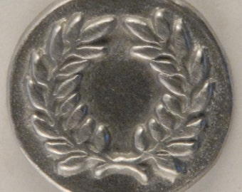 BU-174 Laurel Wreath Button