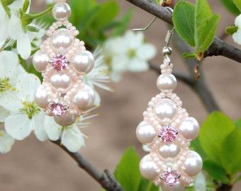 Bridal Pearl Earrings, Pearl Wedding Earrings, Crystal Pearl Bridal Earrings, Pink Pearl Earrings, Crystal Bridal Earrings, Dangle Earrings.
