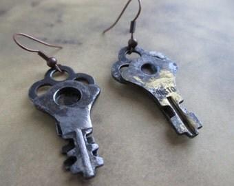 Vintage Unusual Skeleton Key Earrings
