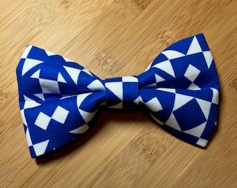 blue & white architectural block clip-on bowtie