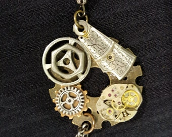 Steampunk Style Pendant Necklace