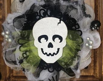 Halloween Deco Mesh Skull Wreath