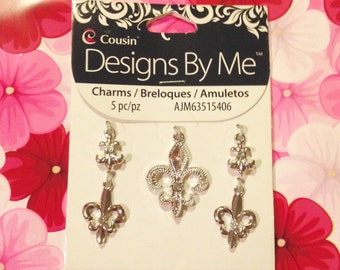 5 Piece Charms Set from Designs By Me.  Fleur de lis Charms. Silver Metal Charms with Rhinestones.