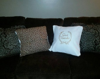 Give Thanks Pocket Pillow