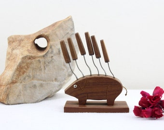 Made in Germany Party forks cheese skewers handmade 60s table decoration wooden piggy figure stainless steel skewers Home Decoration