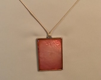 Reversible pink and silver necklace