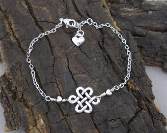 Bracelet of Celtic knot silver love knot heart heart heart