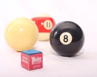 Complete Set of Vintage Billiard Balls