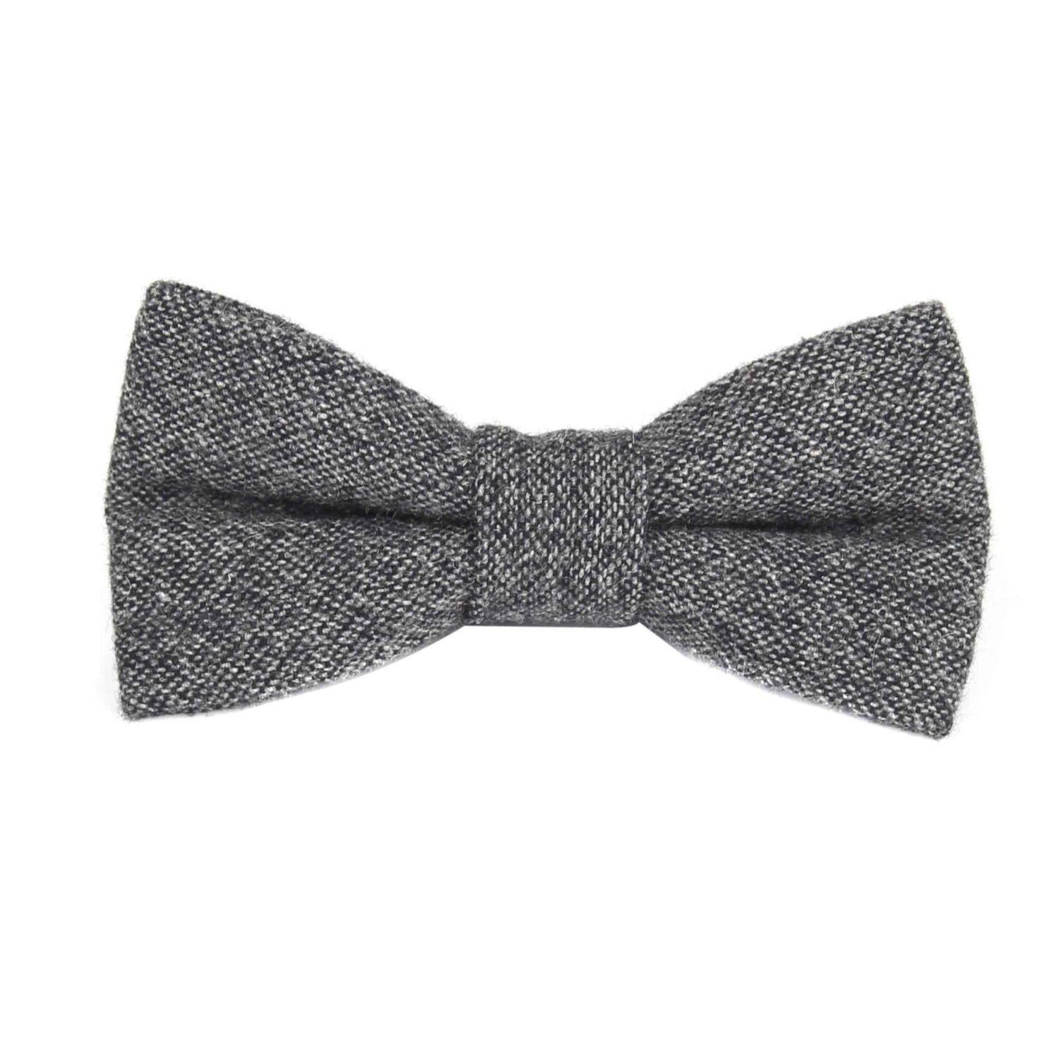 Shop puraconga.ml for the man who cares about the smallest details in his wardrobe. Our selection of gray bow ties is filled with classic styles. Free shipping and returns on .
