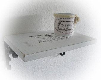 Shabby shelf