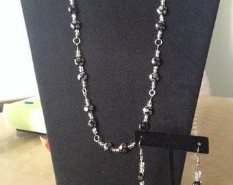 Elegant sparkly glass bead set