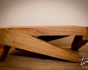 The Masterpiece sidetable-30Y solid oak wood.