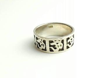 Vintage Sterling Silver Om Sanskrit Band Ring- Size 7