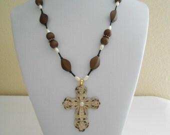 Antique Lace Cross #2831