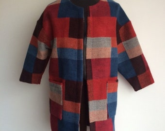 Soft kneelength woolen coat