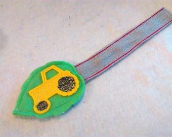 Tractor felt bookmark, yellow tractor bookmark, felt tractor bookmark, tractors, boys bookmark, vehicles, felt bookmark, farm bookmark