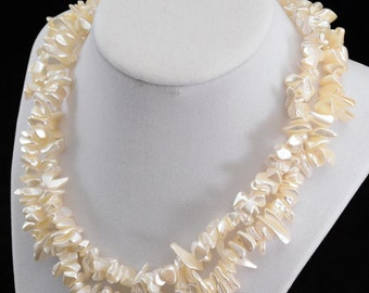 Vintage Cream White Fresh Water Pearl Necklace     J322