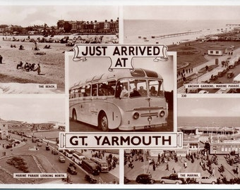 GREAT YARMOUTH (Norfolk) Postcard Just Arrived At GT Yarmouth (B&W Photo)