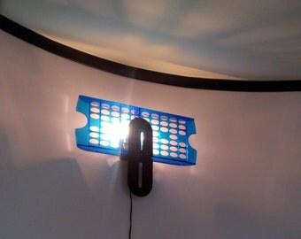 LAMP WALL