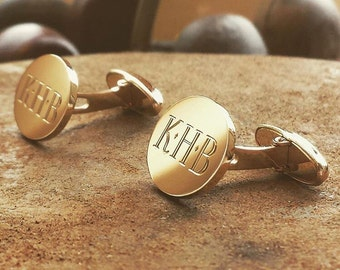 9, 14 or 18ct gold mens swival back cufflinks hand engraved with your family crest or initials