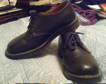 Vintage Dr. Marten's/Solovair 3-eye Derby Shoes, Made in England