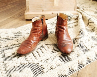 Vintage Brown leather boots - size 8/9 (US) - size 7.5 (UK) - Varese -