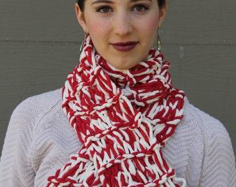 Knit Scarf with Bernat Blanket Yarn