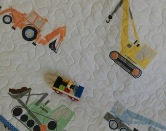 Toddler quilt/ Baby quilt/ Car quilt/ Crib bedding/ Baby shower gift/ Quilt for sale/ Baby quilt on sale/  Apple quil/ lap quilt/white quilt