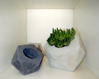 Large Geo Concrete Planter