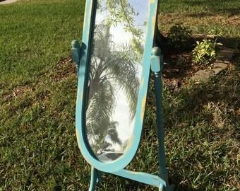 Standing Mirror Vintage