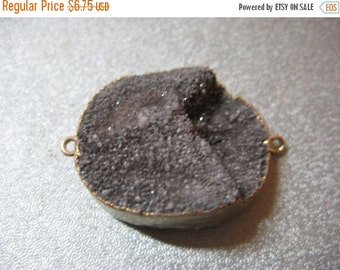ON SALE Black Agate Druzy Geode Connector 1pc