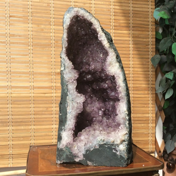 the giant natural amethyst stone 28 6 kg 63 lbs large size. Black Bedroom Furniture Sets. Home Design Ideas